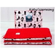 Kocyk Minky 75x100 cm + poduszka 35x30 cm Infantilo - Koty czerwony