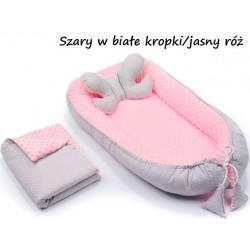 Gniazdko kokon Minky z poduszką motylkiem i kocykiem Infantilo - K8 Szary w białe kropki/jasny róż