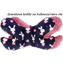 Poduszka antywstrząsowa Motylek Infantilo - Granatowe króliki na huśtawce/retro róż